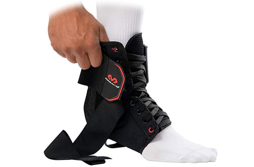McDavid 195R-BK-M Ankle Brace Support with Stabilizer Straps
